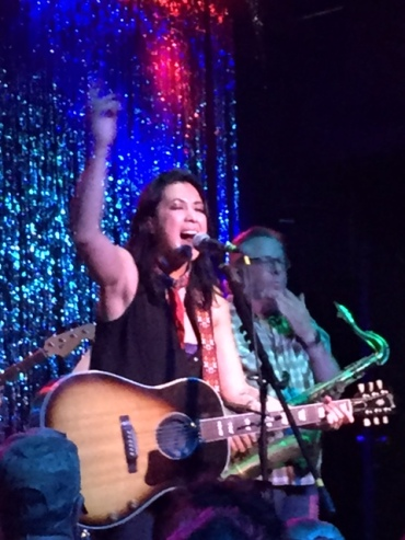 Small venues allow you to get as close as you like to the artist -- in this case, about 30 feet from Michelle Branch.