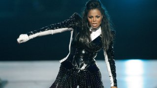 Janet Jackson was marvelous in her Portland concert Sept. 29, two nights before the mayhem in Las Vegas. (Photograph: Ticket Hub)