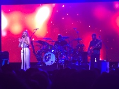 LeAnn Rimes: comfortable on stage.